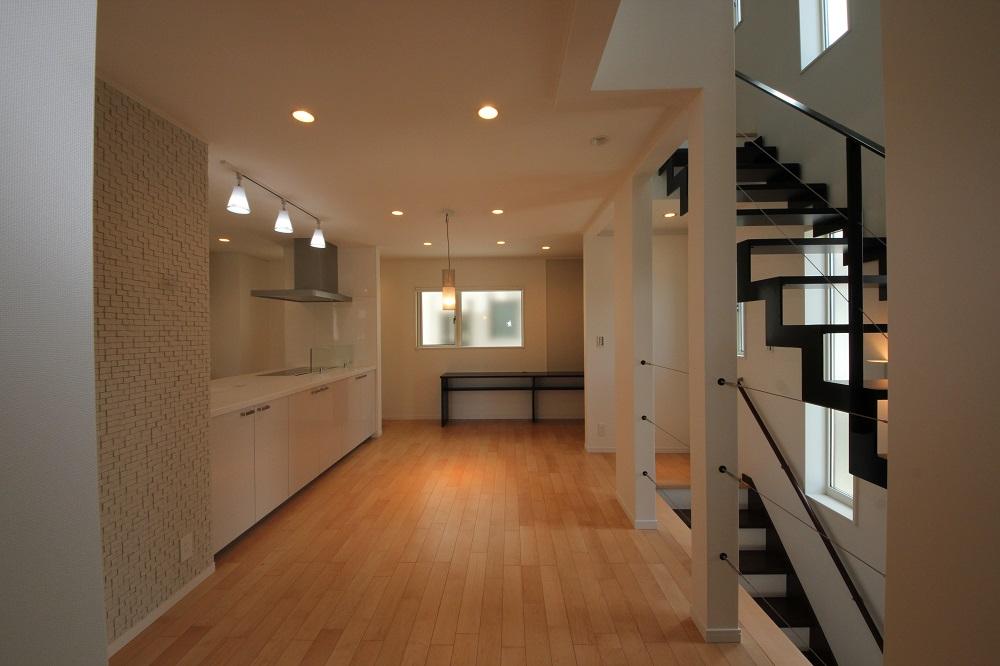 グランドピアノのある2階リビング