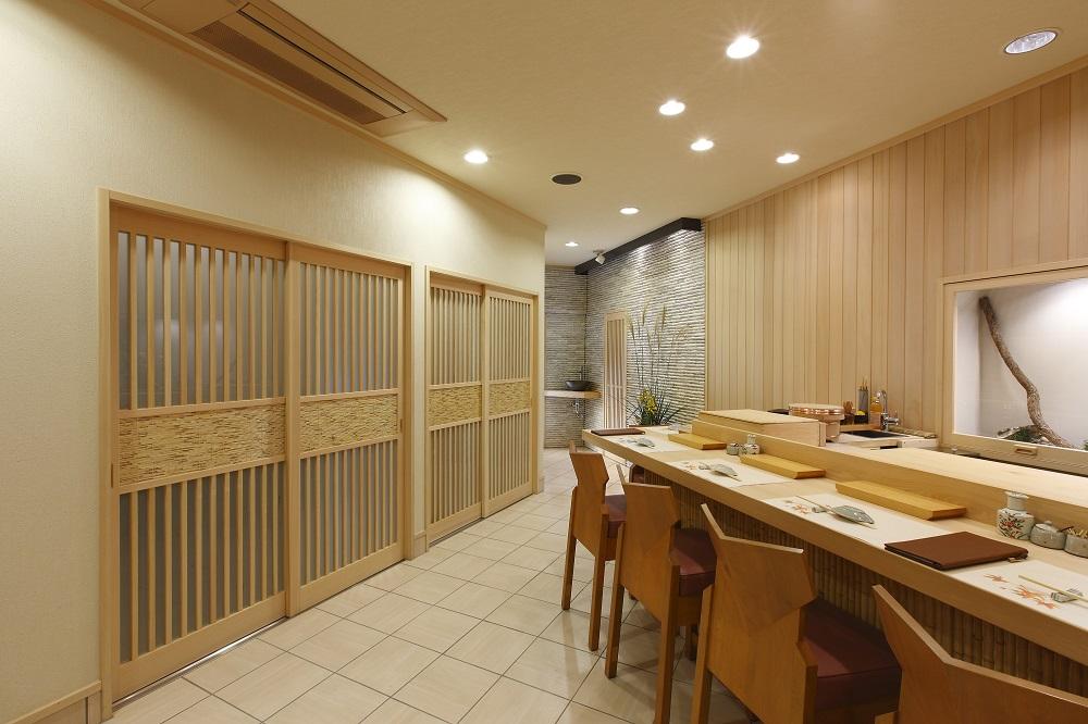 店の雰囲気まで味わえる寿司店