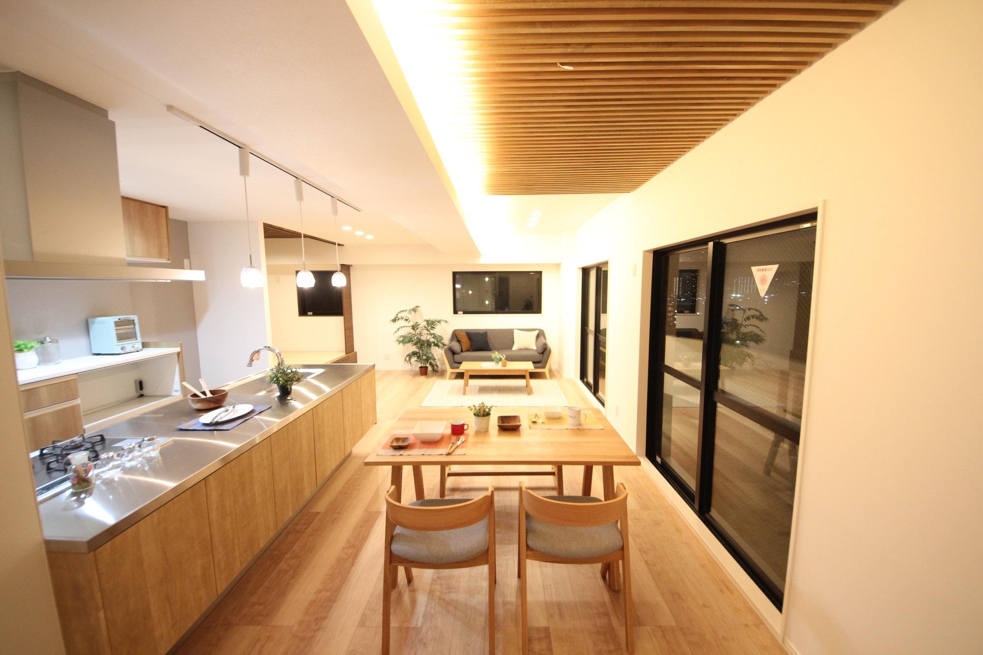 映える空間ーオープンキッチンの家